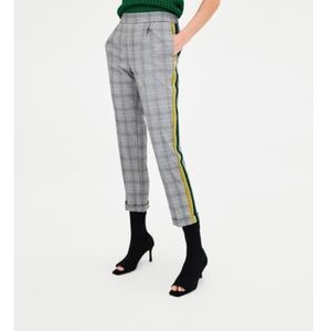 NWT checkered trousers with side stripe